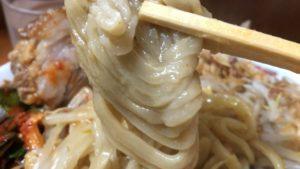 【炎上】亀戸二郎の店長がスマホ弄りながらラーメン作って最悪な麺に